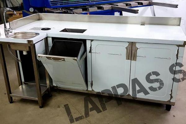 bar-station-lp76AF15CB-A275-DB5B-C9C2-0DDA8678DDA3.jpg